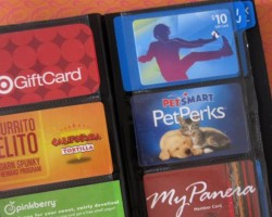 How to Organize Your Wallet, Credit Cards & Gift Cards