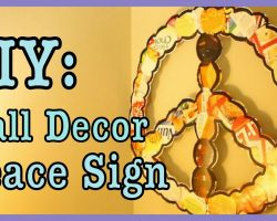 DIY: Peace Sign Wall Decor *RECYCLED* | #Roomspiration